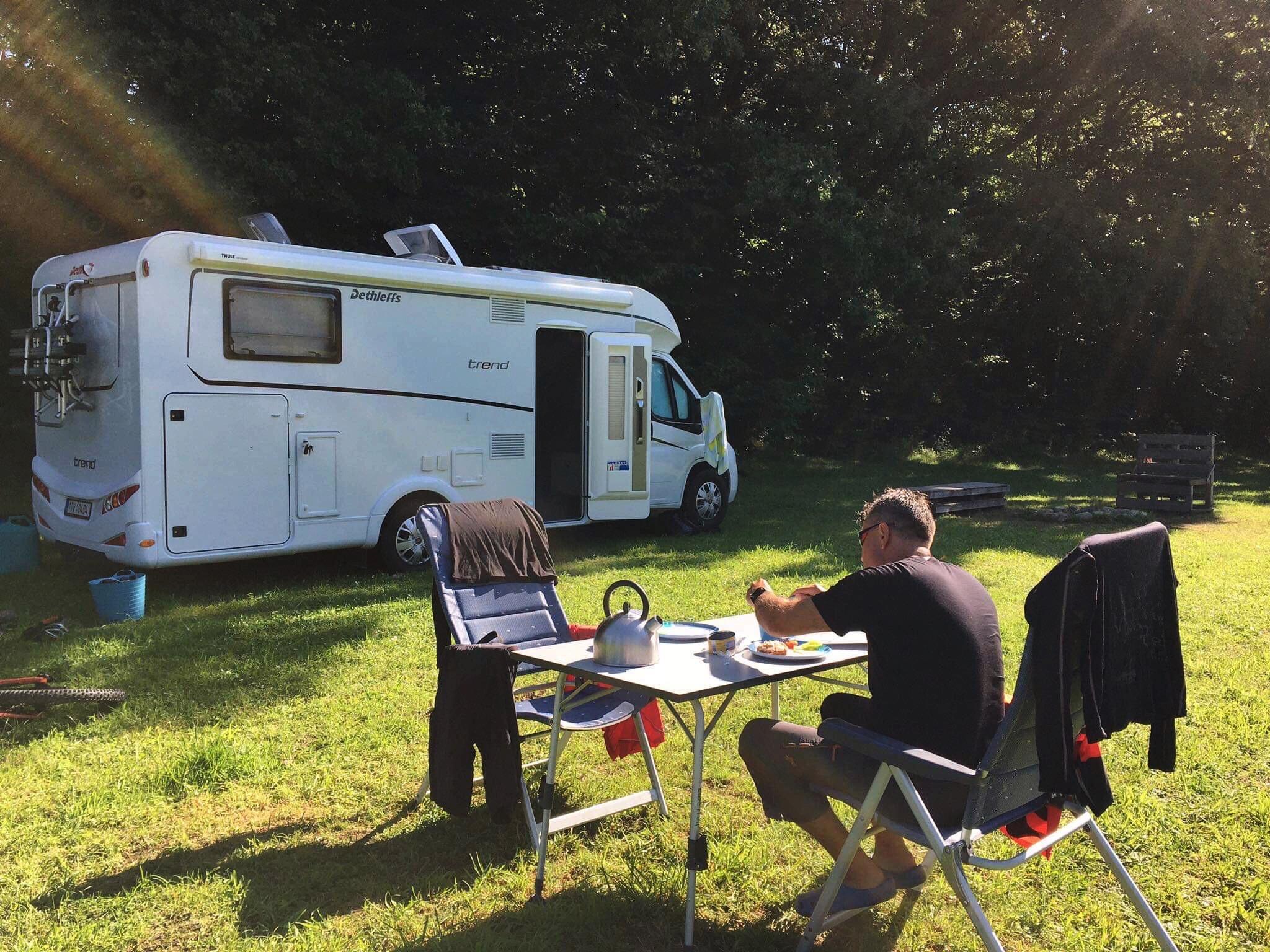 Cestování karavanem